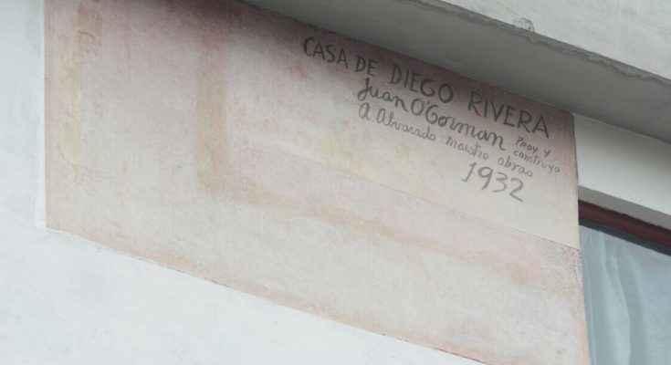 Develan firma autógrafa de Juan O'Gorman en Casa Estudio Diego Rivera