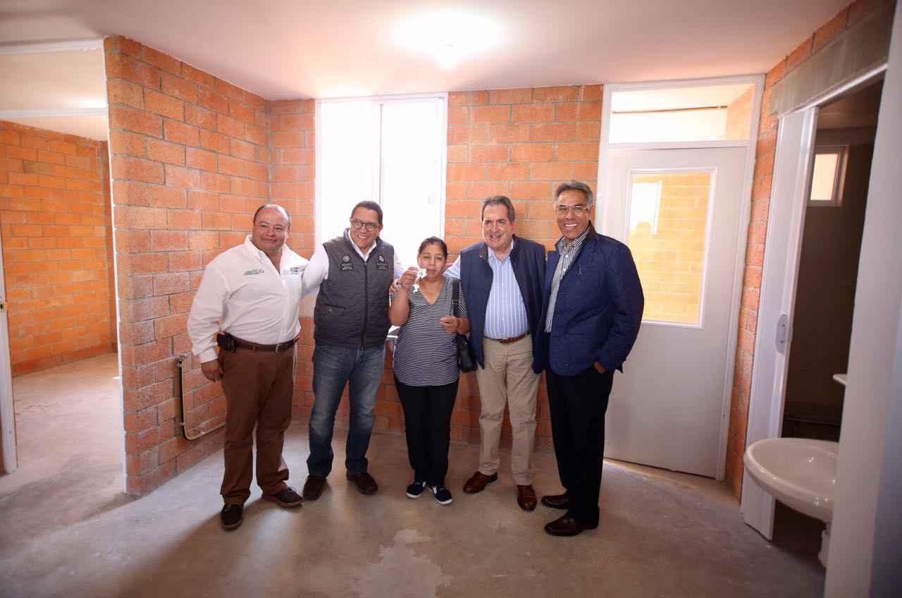 Entrega Sedatu acciones de vivienda en Aguascalientes