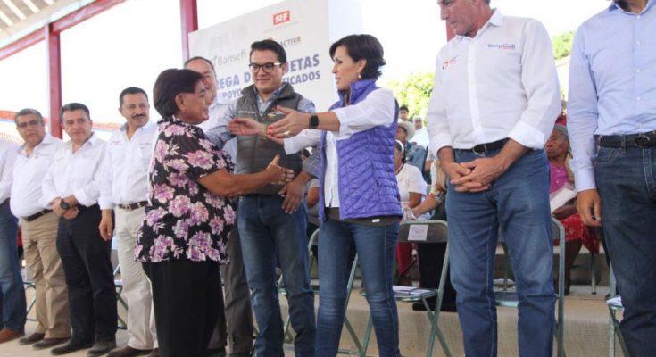 Entregan en Guerrero tarjetas de ayuda a damnificados por sismo