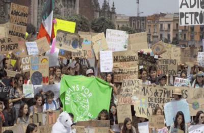 Convocan a segunda huelga global contra cambio climático