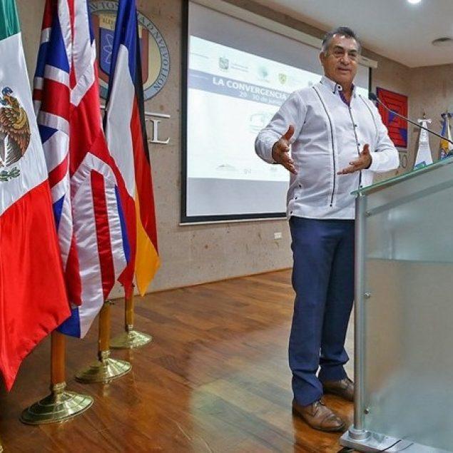 Gobierno de Nuevo León impulsa soluciones de transporte público