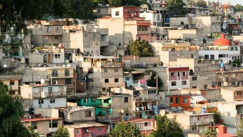 Hacinamiento en la vivienda agrava la pandemia: UNAM
