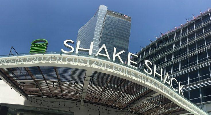 ¡La espera terminó! Abrió el primer Shake Shack en CDMX