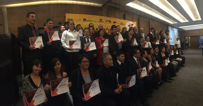 Se gradúan 50 trabajadores de la construcción en CDMX