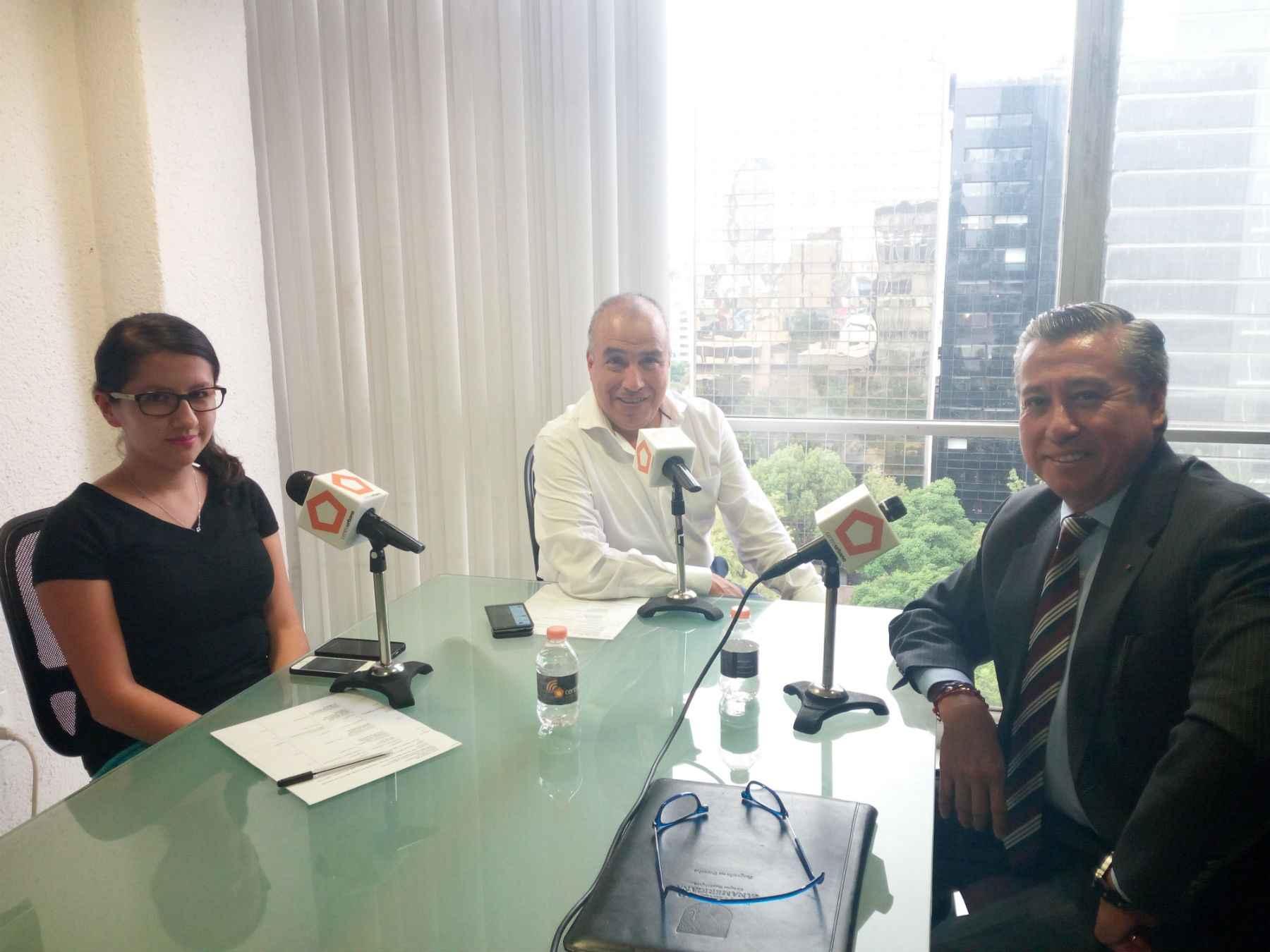 Necesitamos reforzar la confianza en los notarios: Manzanero