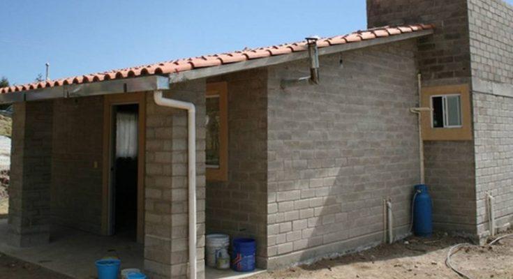 Imevis entrega materiales de construcción para mejorar vivienda