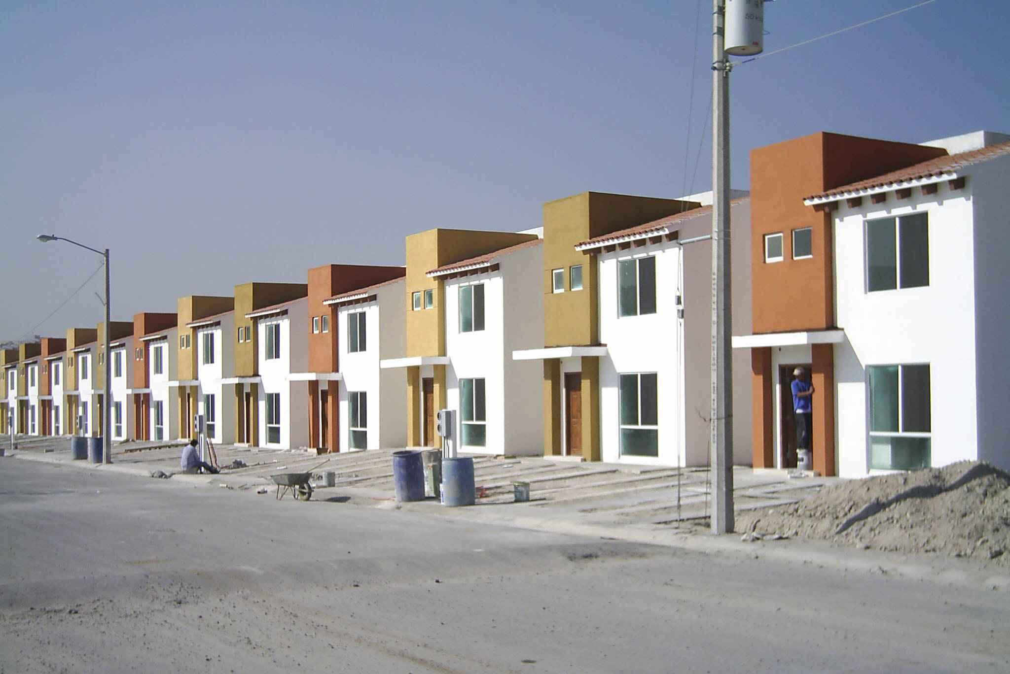 Impulsan construcción de vivienda popular