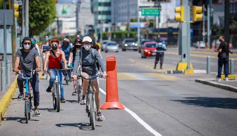 Inaugura Sedatu prueba piloto de ciclovía emergente en León