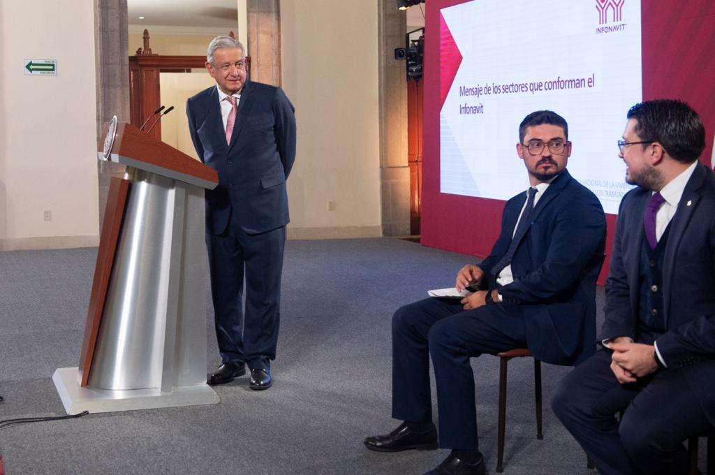 Infonavit promete refinanciar créditos y bajar la tasa hasta en 2%-AMLO-Carlos Martínez