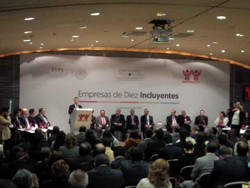 Reconoce Infonavit a Empresas de Diez Incluyentes