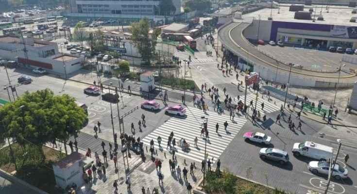 Instala Gobierno capitalino semáforos audibles y cruces seguros