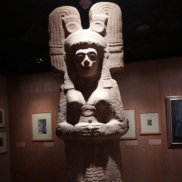 Seleccionan escultura de mujer indígena para sustituir monumento a Colón