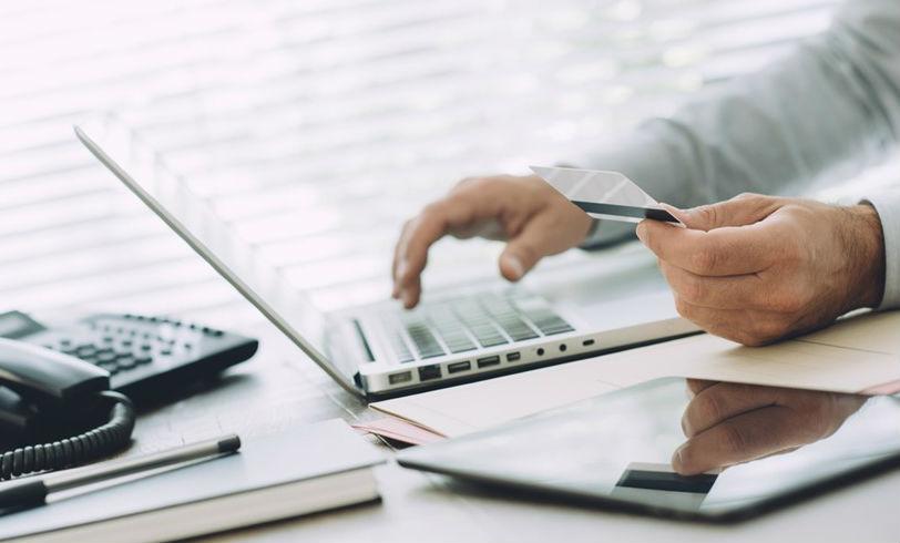 Los trámites financieros que se pueden realizar sin salir de casa