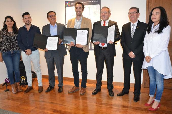 México y Bolivia firman convenio por el Cablebús de la CDMX