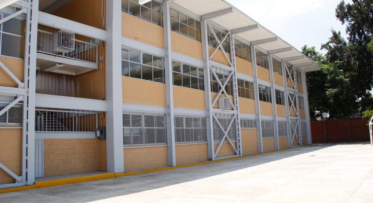 Crece 229% inversión en infraestructura educativa en actual administración