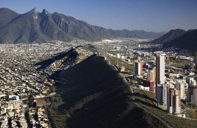 Crece desarrollo vertical de oficinas y residencias en Monterrey