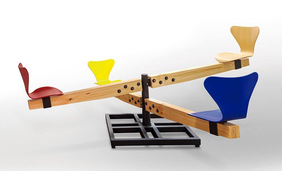 Sordo Madaleno Arquitectos crea pieza original de mobiliario