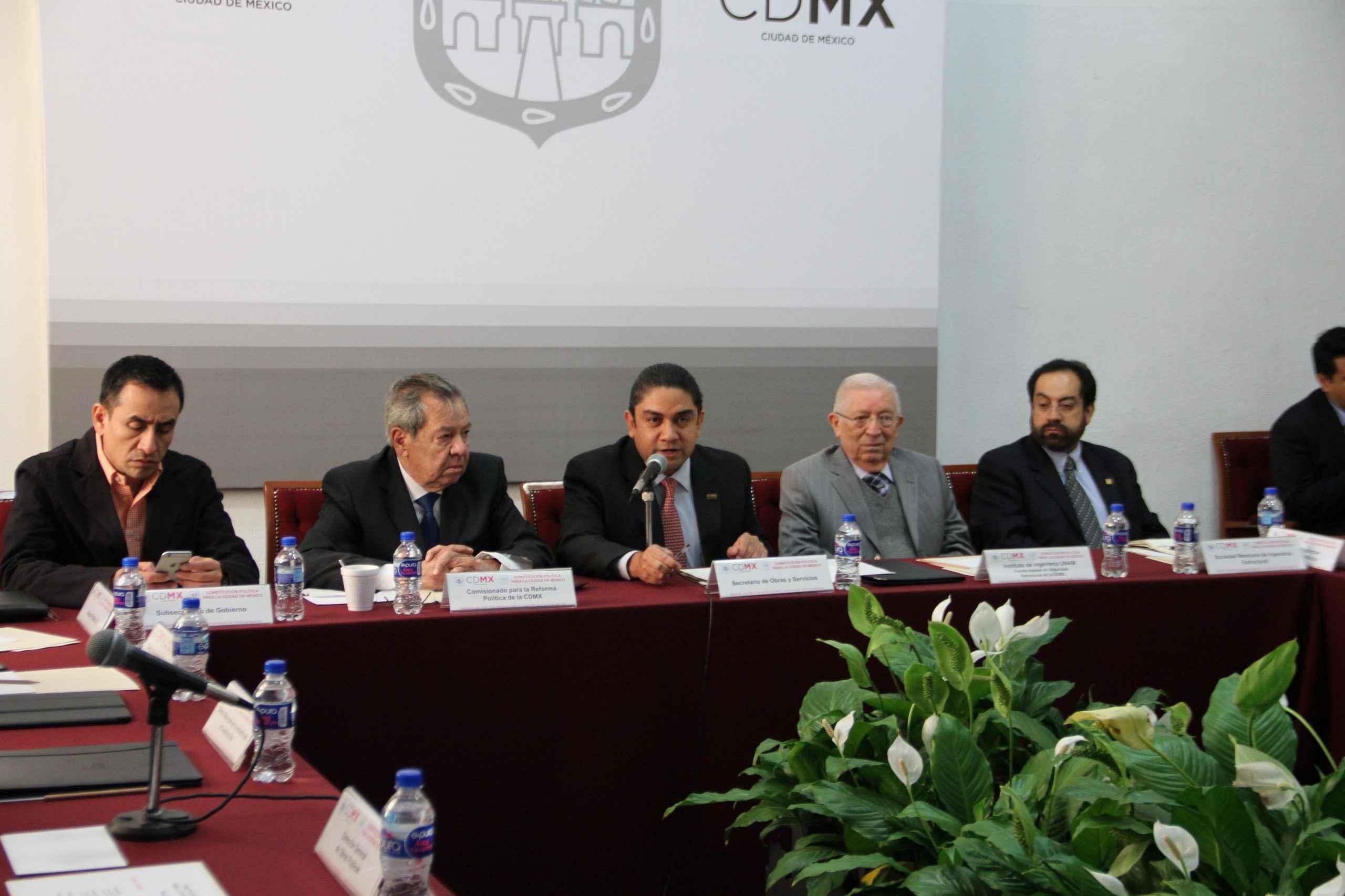 Gremio de la construcción da opiniones para la Constitución de la CDMX