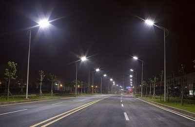 Modernizan alumbrado público en municipios del Edomex