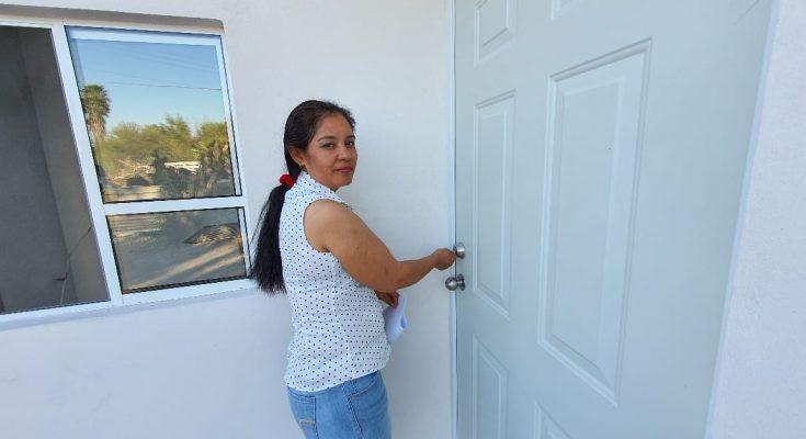 Mujeres tardan 10 años más en solicitar crédito para vivienda-Día de la Mujer