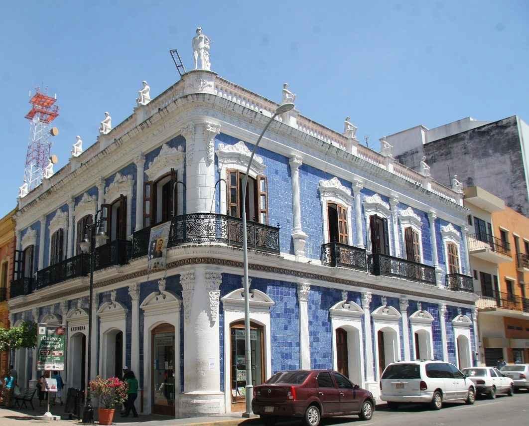 Rehabilitaci n de casa de los azulejos en tabasco con for Casa de los azulejos en mexico