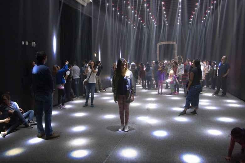 """Museo de la CDMX exhibe muestra """"Ciudad de México y Arte Digital: Luz e Imaginación"""""""