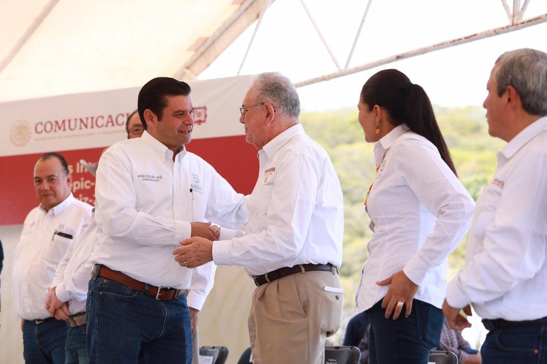 Entra en operación carreteras a Zacatecas y a Durango