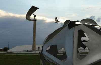 Obras de Oscar Niemeyer son patrimonio cultural de Brasil