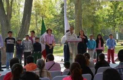 Reinauguran parque infantil La Hormiga