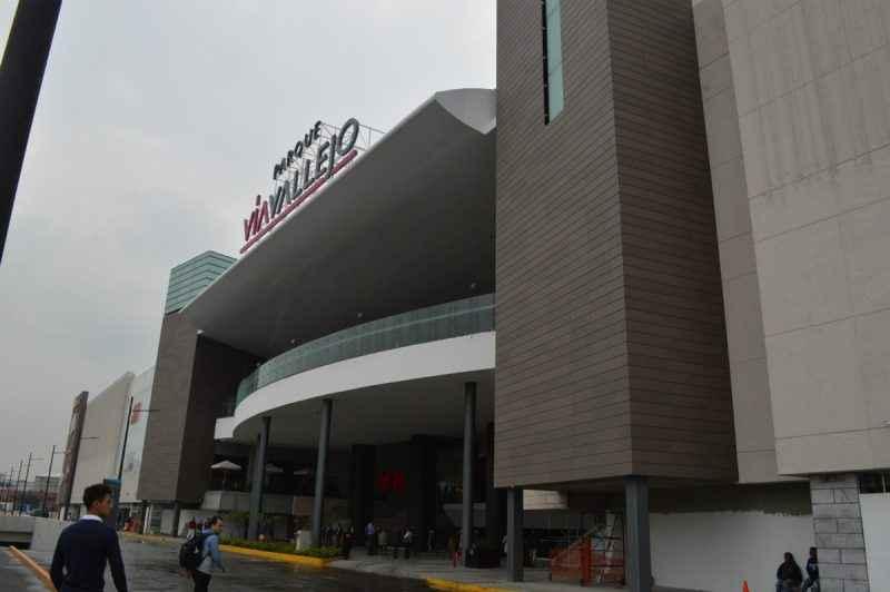 Centros comerciales de necesidad comercial a lugares para experiencias