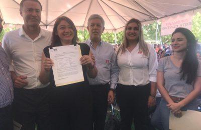 Infonavit entregó 8.7 mdp a damnificados en Sinaloa
