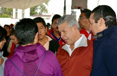 Infonavit entregó apoyos a familias de Querétaro