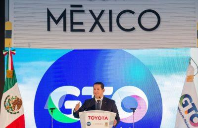 inauguran-en-guanajuato-nueva-planta-automotriz-de-toyota