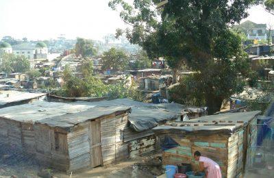 la-poblacion-en-pobreza-extrema-podria-aumentar-de-6-1-a-10-7-millones-de-personas