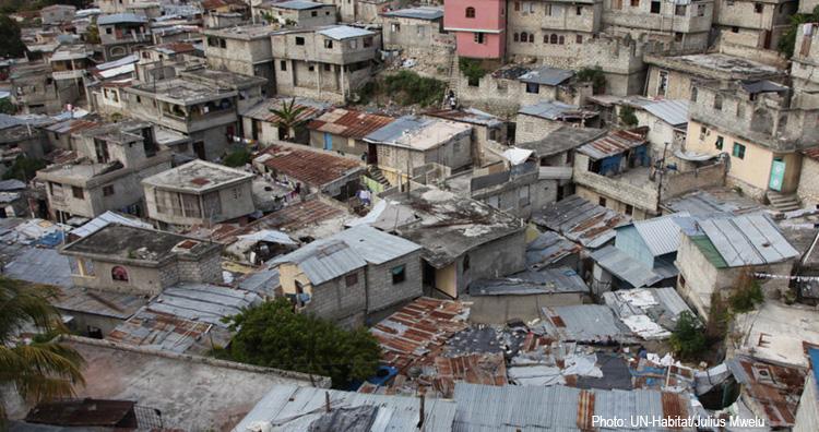 Presentan guía para abordar la emergencia en asentamientos informales