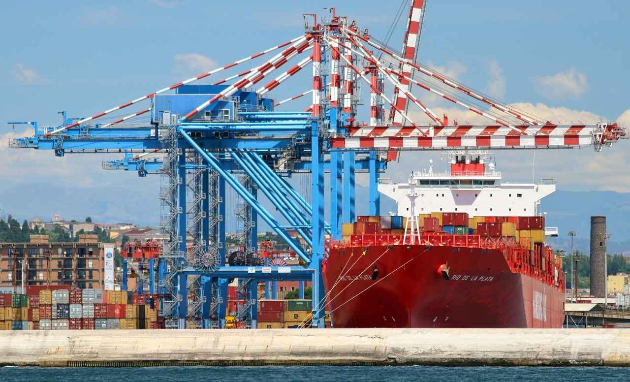 sedena-y-semar-estaran-a-cargo-de-administracion-de-puertos-y-aduanas
