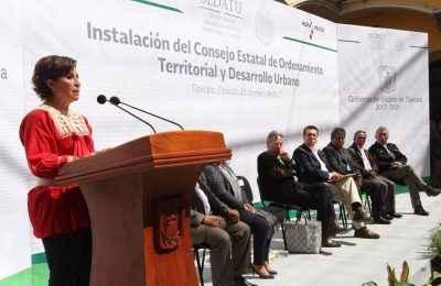 Ley de Asentamientos da continuidad a Reforma Urbana:Robles