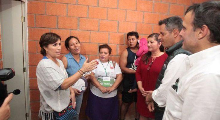 Entregan vivienda a damnificados por sismo en Oaxaca
