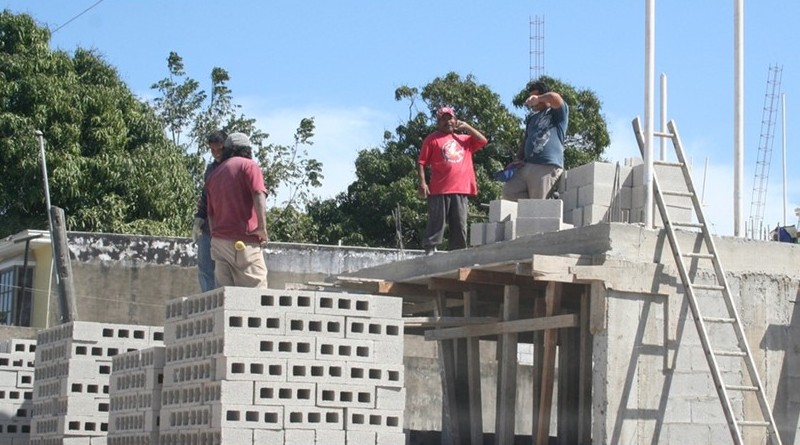 Reporta Inegi 100,000 trabajadores de la construcción desempleados