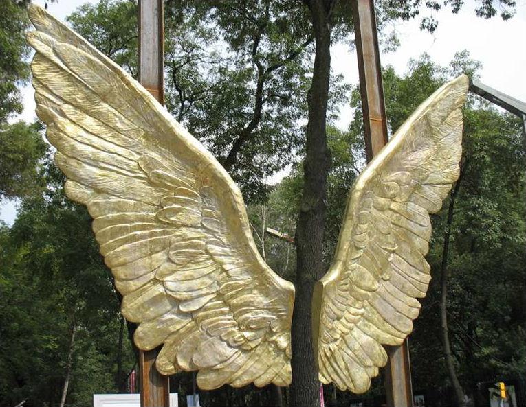 Reubicarán esculturas de Reforma para construir Sendero Compartido