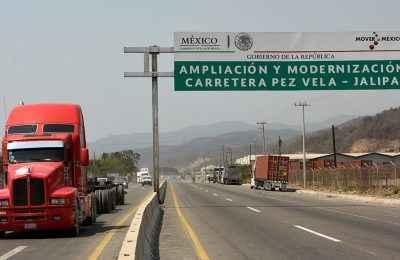 SCT moderniza la carretera Pez Vela-Jalipa