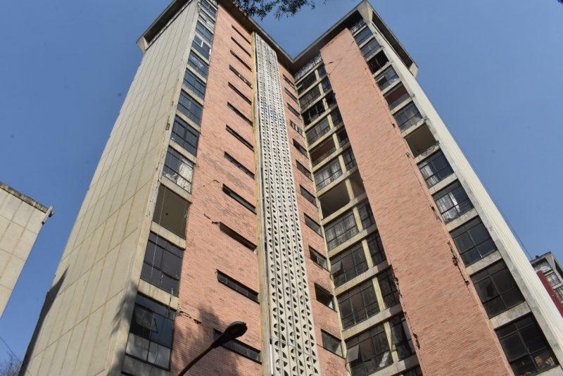 Demolición del edificio Osa Mayor tiene avance de 60%