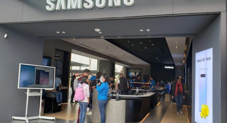 Samsung abre en Town Square Metepec su tienda número 11