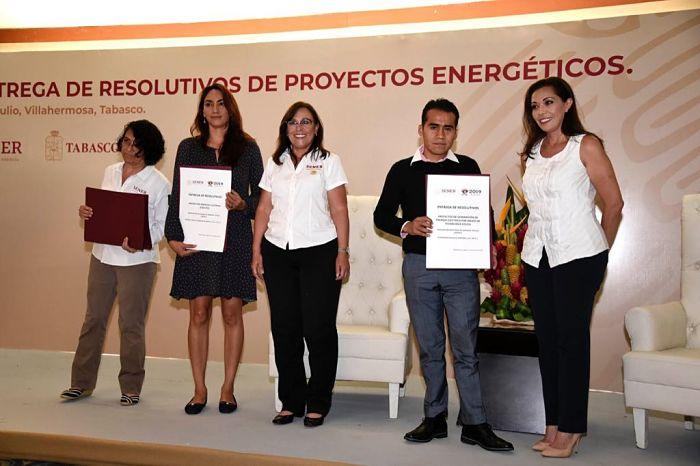 Sener entrega Resolutivos de Proyectos Energéticos