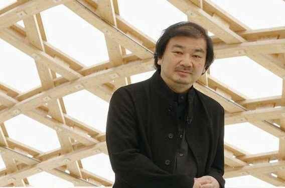 El arquitecto Shigeru Ban aporta experiencias para ayudar a la reconstrucción del país