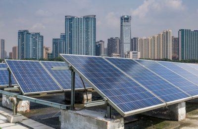 NKF ve impacto positivo a bienes raíces con energías renovables