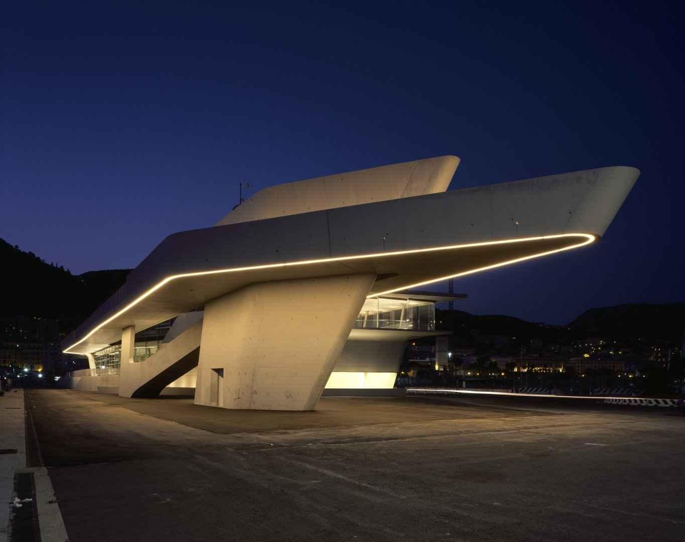 Inauguran terminal marítima en Italia, obra de Zaha Hadid