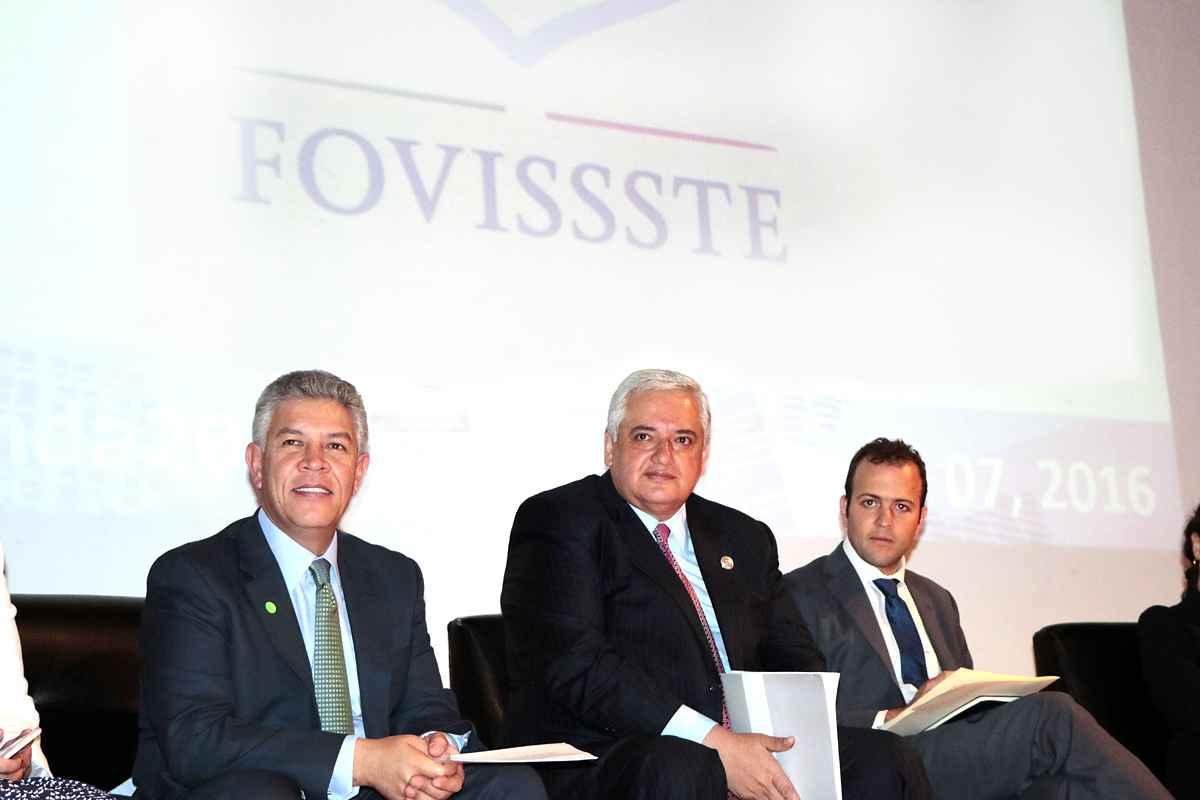 Buscan Fovissste e Infonavit acuerdo para otorgar crédito conjunto
