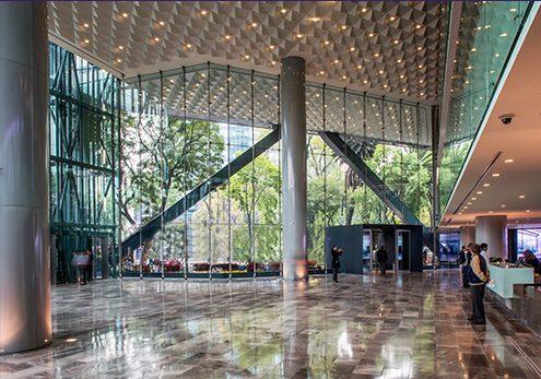 Con múltiples reconocimientos resaltan diseño de Torre BBVA Bancomer