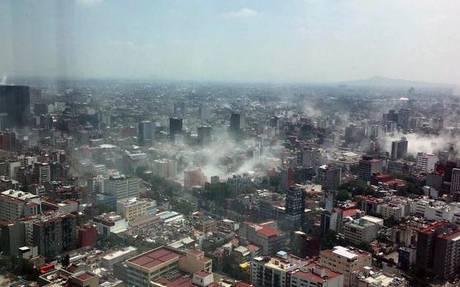 Gobierno de la CDMX atiende peticiones de damnificados